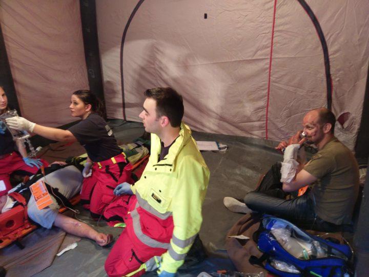 Gemeinsame Übung mit der Sanität der Feuerwehr Oberwynental